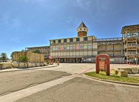 N. Padre Island Condo w/Pool- 5 Mins to the Beach!