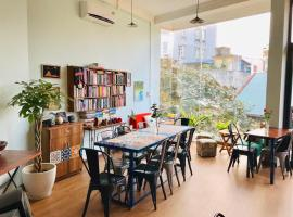 Starry9 Hostel - The Culture Lab