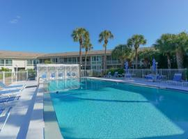 King Bed - Walk to St. Armand's Circle and Lido Beach in Minutes!