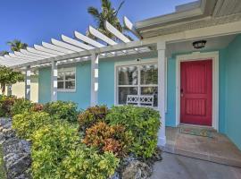 Clearwater Beach Home w/Patio - Walk to Beach