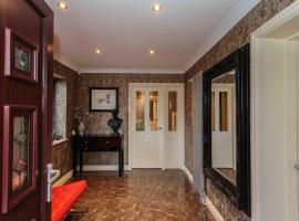Luxurious Executive Detached Home