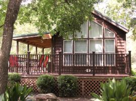 The Fig @ Mendelbaum Winery Guest Cabins
