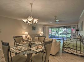 Fort Myers Condo w/ Screened-in Patio & Pool!