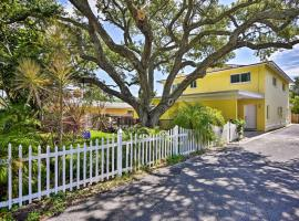 Downtown Cocoa Beach Townhome-Steps to Shore!