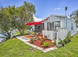 NEW-Quiet Fort Myers Home w/Pond View 4Mi to Beach