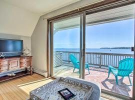 Salem Condo w/ Ocean Views - Walk to Beach!, hotel in Salem