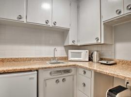 Cozy Spokane Apartment - 1 Mile to Downtown!