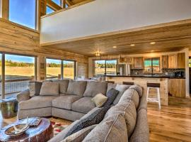 Private Cabin w/ Deck, Fireplace + Mtn Views!, hotel in Fairplay
