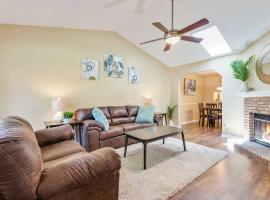 Updated Tallahassee Townhome 5mi to FL State!