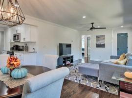 Cozy, Modern Home w/ Parking, 4.4mi to Dwtn!