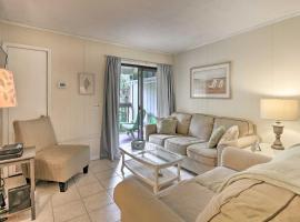 Hilton Head Villa-Walk to Beach & Restaurants