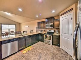 Family Home ~5 Mi to Lackland Air Force Base!