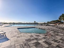 Resort Retreat: Steps to Folly Field Beach!