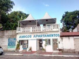 Amigos Apartamentos, beach hotel in Itaparica Town