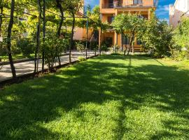 Apartments Morozin, hotel near Krk Town Square, Krk