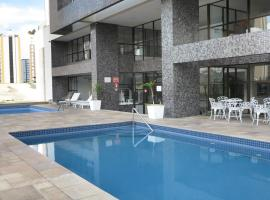 Costa Sul Beach Hotel, hotel with jacuzzis in Balneário Camboriú