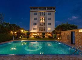 Mango Hotels Q Hotel
