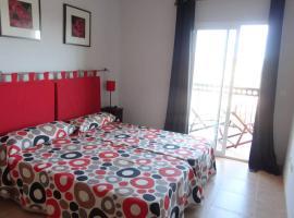 Apartamento en playa Canet de Berenguer, hotel in Canet de Berenguer