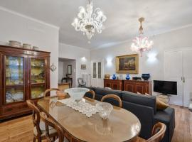 Mercanti Vintage Apartment