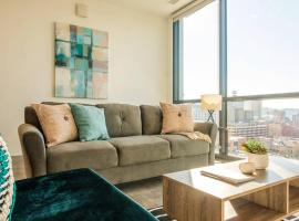 Lively Downtown 1BR Apt