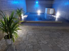 Maragogi - Casa com piscina, pet-friendly hotel in Maragogi