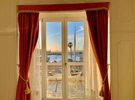 Dolce Vita Suite Alghero, guest house in Alghero