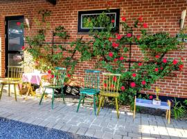 Tango Garden house -5 minute walk to LEGO house