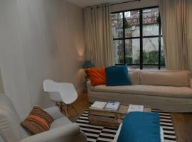 Guesthouse Deladix, hotel in Hasselt