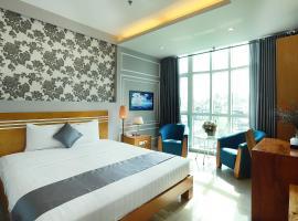 Lucky Star Hotel 266 De Tham (New Pearl Hotel), khách sạn gần Chợ Bến Thành, TP. Hồ Chí Minh