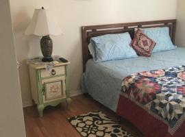 1 Cozy Bedroom/Bathroom/Kitchen/Pets Welcome