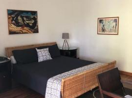 Waterfront Lodge, hotel in Nuku'alofa