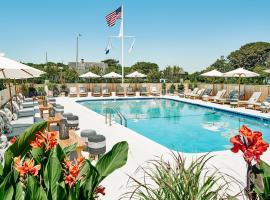 Hero Beach Club, accessible hotel in Montauk