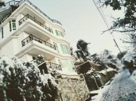 DE' CONIFERS Home Stay, pet-friendly hotel in Shimla