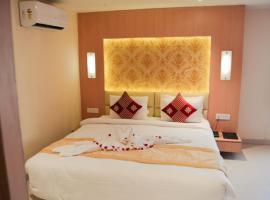 THE RED VELVET HOTEL, hotel in Patna