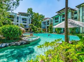 Luxury 2 bed 2 bath apartment at Sea Temple Palm Cove 5 star resort