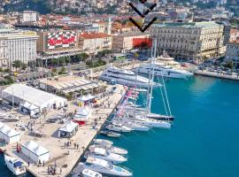 """Deluxe Apartments & Rooms """"In the Center"""", budget hotel in Rijeka"""
