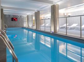 Terre de Provence Hôtel & Spa, hotel with pools in Le Pontet