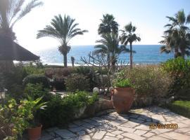 Sea front Villa Kristina