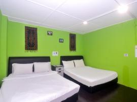 SPOT ON 89929 Tropical Lodge Near Hospital Umum Sarawak