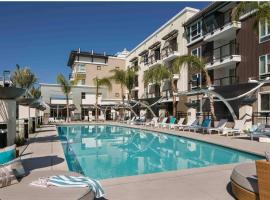 OAK Management MDR, hotel with jacuzzis in Los Angeles