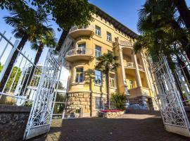 Hotel Villa Eugenia, hotel u Lovranu