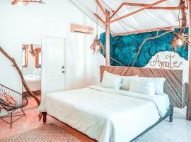 Hotel Casa Cormoranes