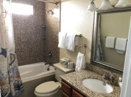 Beachgate Condo Suites and Hotel 341