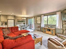 New! Stunning Home w/ Grill + Views - 4 Mi to RMNP, pet-friendly hotel in Estes Park