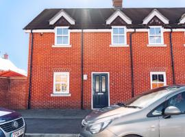 Detached Coach House, hotel near University of Essex Colchester Campus, Colchester