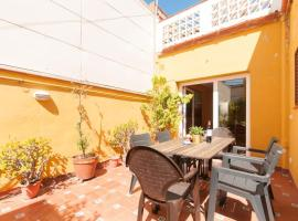 SUPERB LARGE FAMILY HOME with PATIOS and BBQ IN CANET DE MAR Ref MRHAX