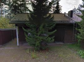 Karhu 1 Cottage, hotelli Kouvolassa