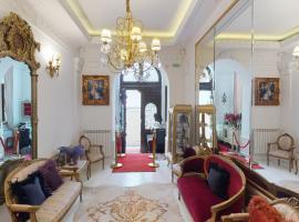 Conacul Coroanei Luxury Boutique Hotel