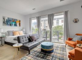 CHI2550 - Charming Studio In the Heart of the RiNo District!