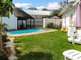 Kate's Nest Guesthouse, B&B in Windhoek